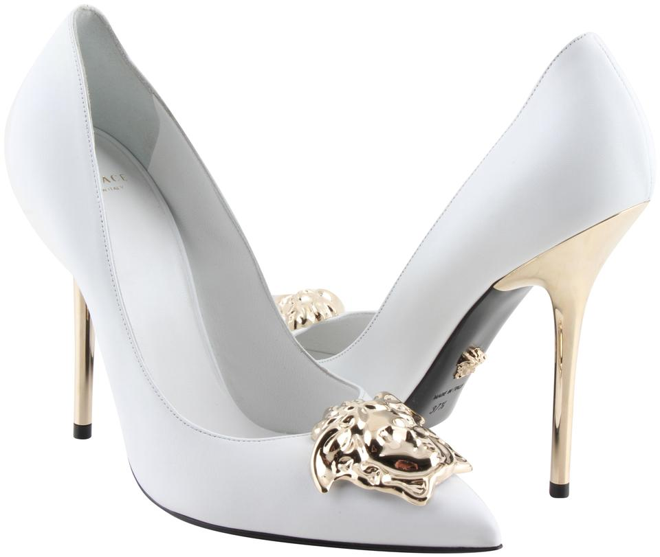 89b010038c5a Versace White Medusa Palazzo Pumps Size US 7.5 Regular (M