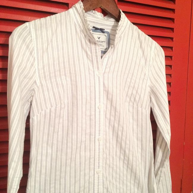 American Eagle Outfitters Button Down Shirt Image 3