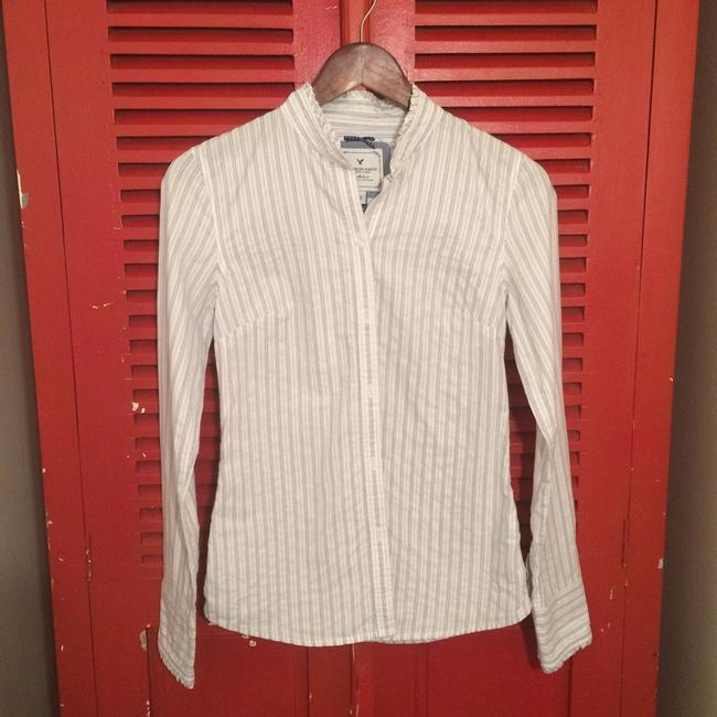 American Eagle Outfitters Button Down Shirt Image 4