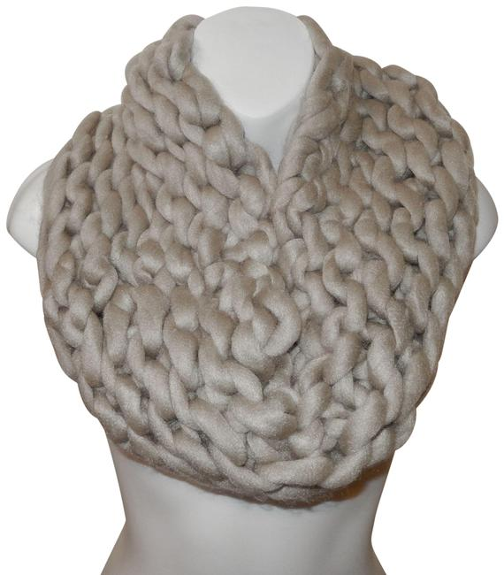 Unbranded Beige Chunky Chained Cable Knitted Infinity Scarf/Wrap Unbranded Beige Chunky Chained Cable Knitted Infinity Scarf/Wrap Image 1