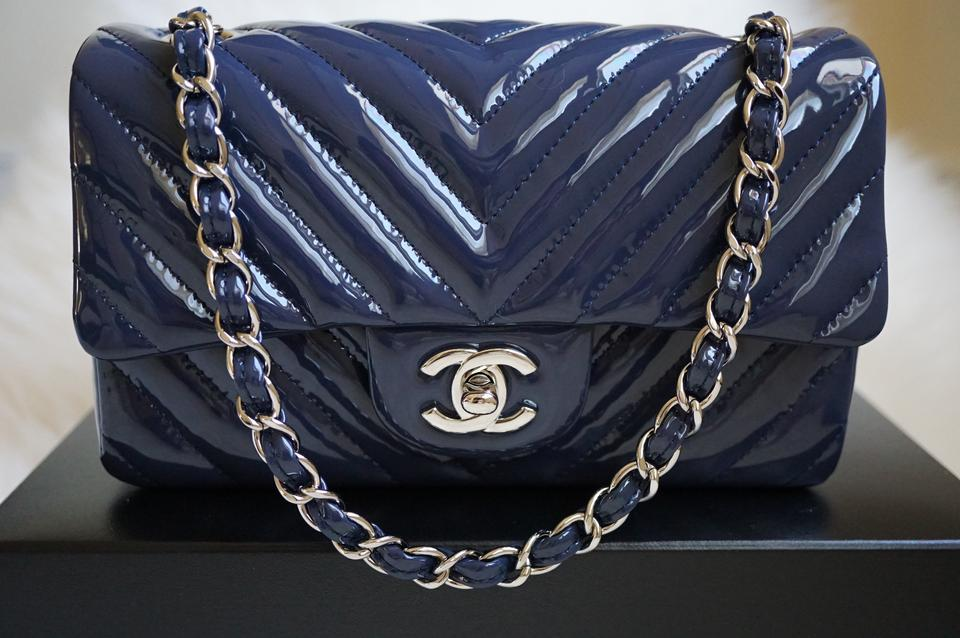 c6070115620fea Chanel Classic Flap Chevron Small/Mini with Silver Chain 15s Navy Blue  Patent Leather Cross Body Bag