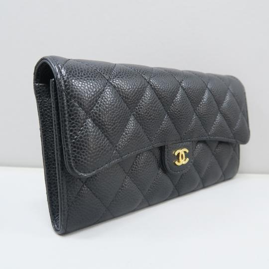 Chanel Chanel Caviar Quilted CC Trifold Wallet