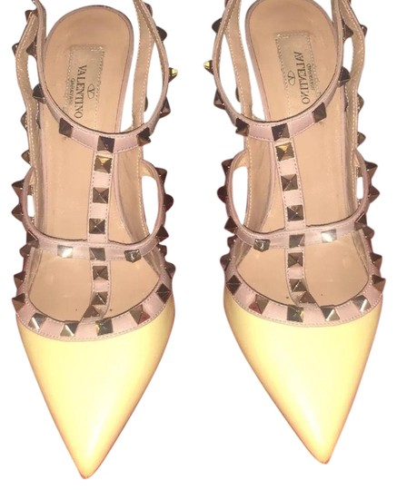 Preload https://img-static.tradesy.com/item/24618048/valentino-yellow-rockstud-pumps-size-us-85-regular-m-b-0-1-540-540.jpg