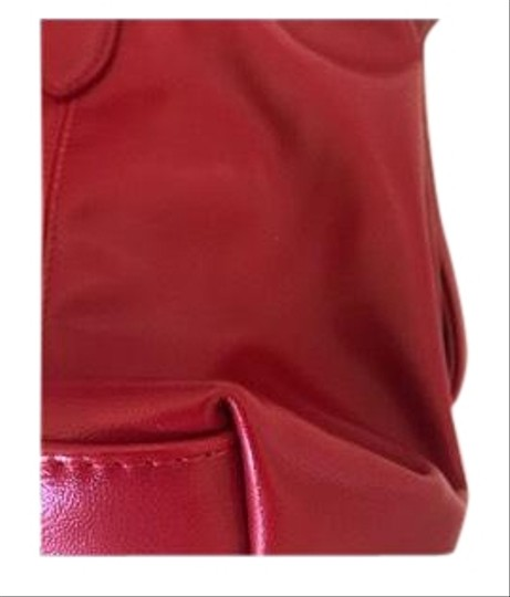 Preload https://img-static.tradesy.com/item/24618049/longchamp-le-pliage-cuir-red-leather-tote-0-1-540-540.jpg
