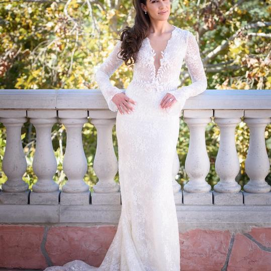 White Hand Beaded Lace Modern Wedding Dress Size 6 (S)