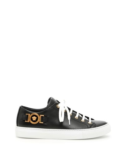Preload https://img-static.tradesy.com/item/24618058/versace-nero-oro-tribute-nero-leather-sneakers-sneakers-size-eu-38-approx-us-8-regular-m-b-0-0-540-540.jpg