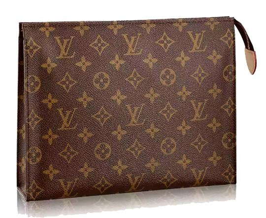Preload https://img-static.tradesy.com/item/24618182/louis-vuitton-limited-edition-toiletry-26-monogram-canvas-clutch-0-0-540-540.jpg