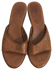 Frye Tan Wedges