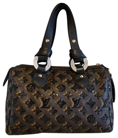 Preload https://img-static.tradesy.com/item/24618404/louis-vuitton-speedy-28-monogram-eclipse-automne-hiver-20092010-collection-brown-canvas-tote-0-2-540-540.jpg