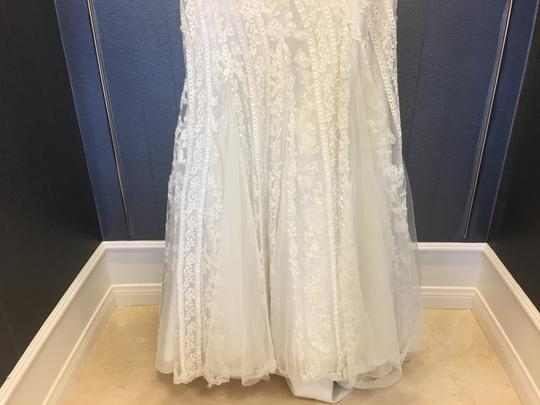 Ivory Lace Tulle Unique & Silver Mermaid Strapless 40-301 Traditional Wedding Dress Size 8 (M)