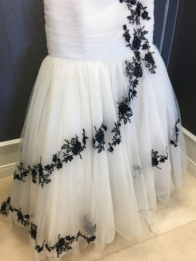 Champagne/Black Tulle Lace & Strapless Mermaid Gown 40-316 Modern Wedding Dress Size 10 (M)