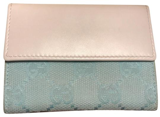 Preload https://img-static.tradesy.com/item/24618534/gucci-blue-and-white-card-case-wallet-0-1-540-540.jpg
