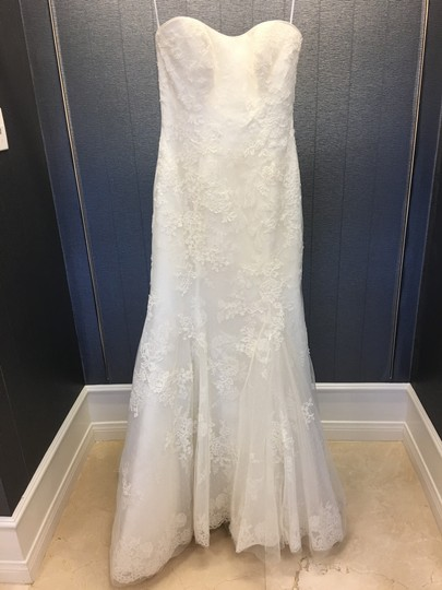 Preload https://img-static.tradesy.com/item/24618634/ivory-lace-strapless-overlay-mermaid-q224-traditional-wedding-dress-size-10-m-0-0-540-540.jpg