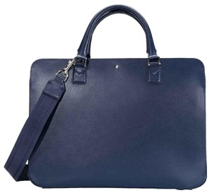 Laptop Bags - Up to 90% off at Tradesy af753c8e0ea70
