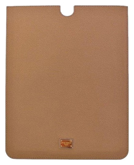 Preload https://img-static.tradesy.com/item/24619794/dolce-and-gabbana-beige-d10003-leather-ipad-tablet-ebook-cover-25-cm-x-20-cm-tech-accessory-0-1-540-540.jpg