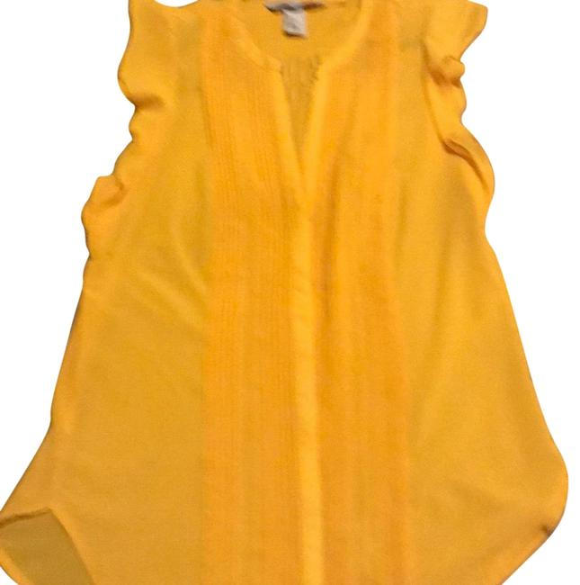 Preload https://img-static.tradesy.com/item/24620000/h-and-m-canary-yellow-sleeveless-with-ruffles-around-armpits-button-down-top-size-6-s-0-1-650-650.jpg