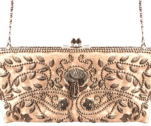 d69faf6c0d6 Moyna Clutches - Up to 70% off at Tradesy