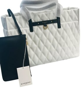 Givenchy Tote in white
