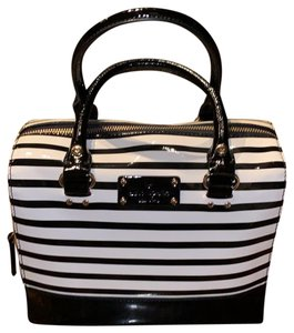 Kate Spade Satchel in Black/Cream