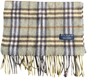 Burberry Burberry 100% cashmere novice green plaid scarf with fringe