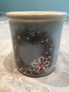 Handcrafted/handpainted Blue Crock With Romantic Wreath Design