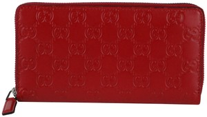 Gucci Gucci Red Embossed Signature Zip Wallet