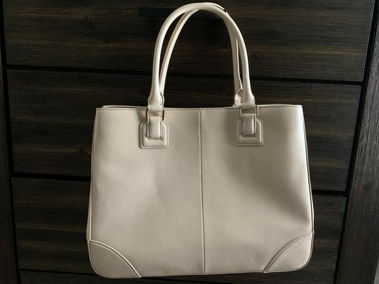 Tory Burch Leather Saffiano Tote in Light Pink Image 1