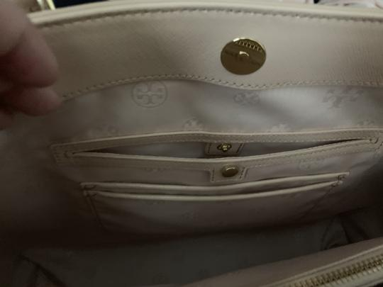 Tory Burch Leather Saffiano Tote in Light Pink Image 6
