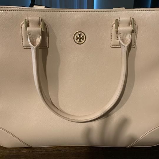 Tory Burch Leather Saffiano Tote in Light Pink Image 9