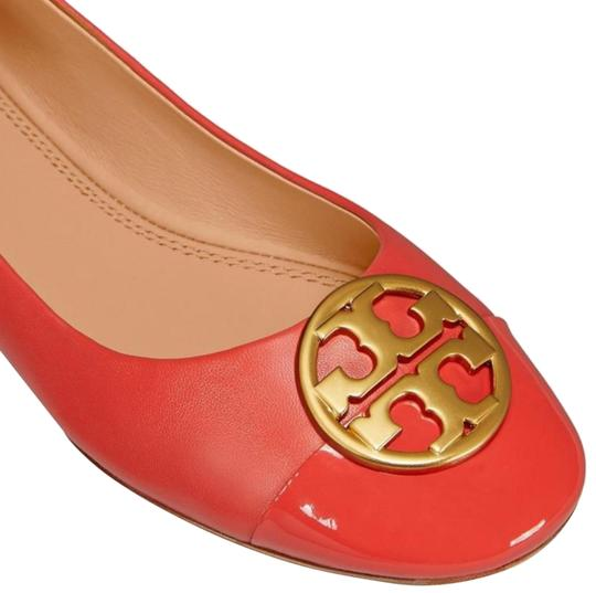 Preload https://img-static.tradesy.com/item/24622253/tory-burch-red-patent-leather-chelsea-flats-size-us-105-regular-m-b-0-2-540-540.jpg