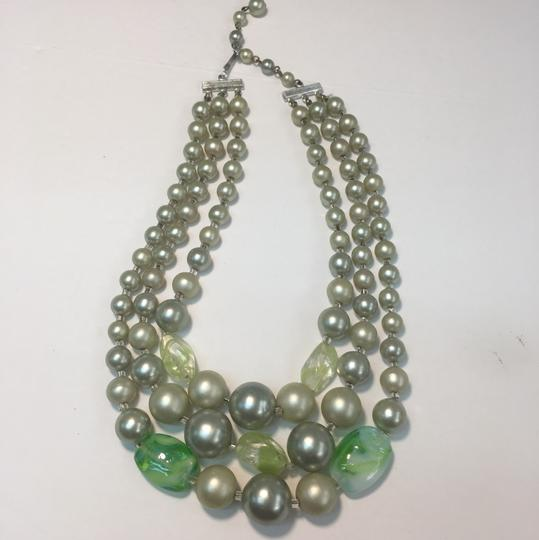 Vintage Vintage multi strand green Beaded Necklace Image 2