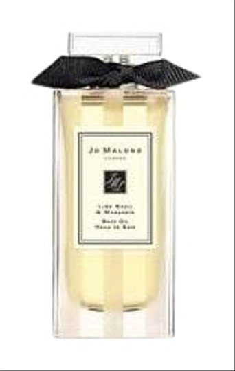 Preload https://img-static.tradesy.com/item/24622499/jo-malone-lime-basil-and-mandarin-bath-and-body-oil-fragrance-0-1-540-540.jpg