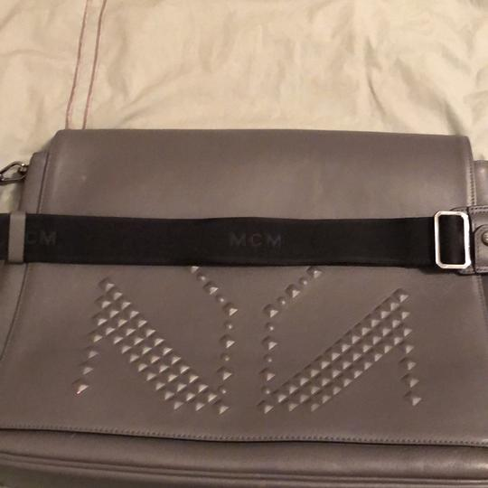 MCM grey large Messenger Bag Image 1