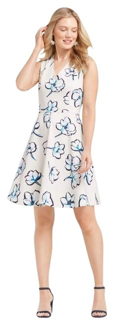 Preload https://img-static.tradesy.com/item/24622641/draper-james-ivoryblue-summer-floral-love-circle-short-casual-dress-size-2-xs-0-1-650-650.jpg