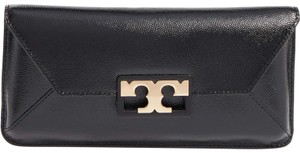 135ee6c5375c Black Tory Burch Clutches - Up to 90% off at Tradesy
