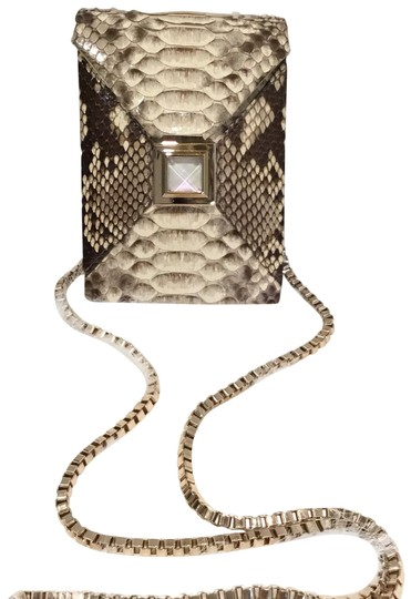 Preload https://img-static.tradesy.com/item/24622849/kara-ross-with-gold-chain-beige-snakeskin-leather-clutch-0-1-540-540.jpg