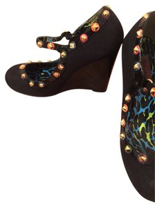 Betseyville by Betsey Johnson Black Base Colorful Studs Wedges