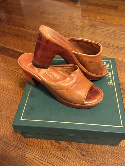 Thom McAn Leather Vintage Imported Tan Mules Image 3