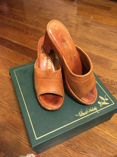 Thom McAn Leather Vintage Imported Tan Mules Image 4