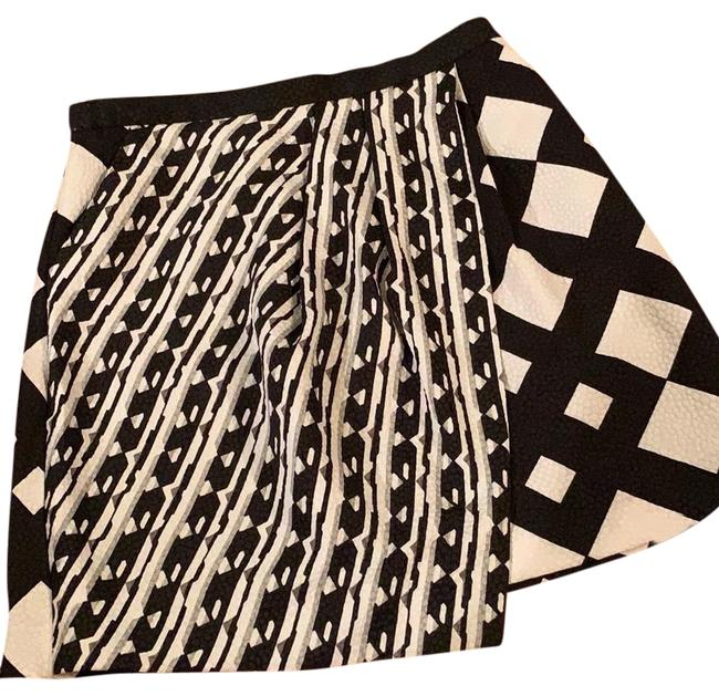 Preload https://img-static.tradesy.com/item/24623261/peter-pilotto-black-and-cream-skirt-kb4-skirt-size-8-m-29-30-0-1-650-650.jpg