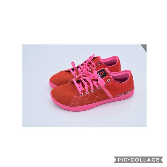 Reebok red-pink Athletic Image 1