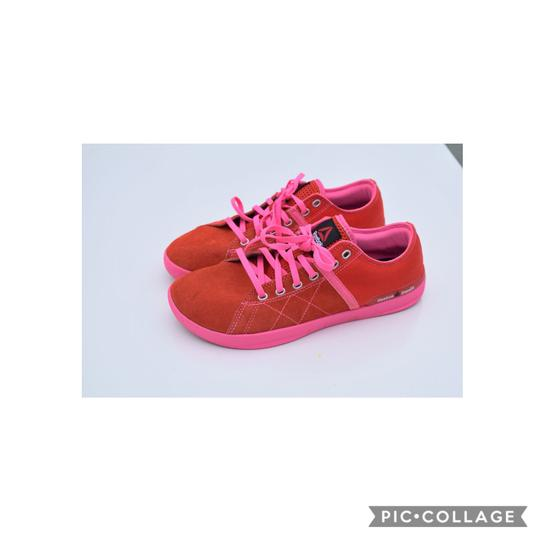 Reebok red-pink Athletic Image 3