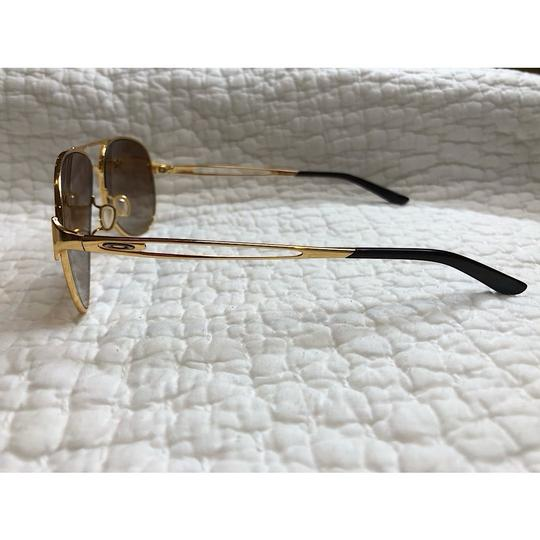 Oakley Caveat Aviator Gold Frame with Brown Gradient Lenses Image 5