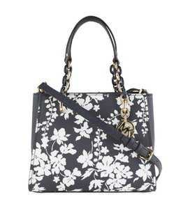 Michael Kors Medium Chain Md Ns Tote navy blue floral Messenger Bag