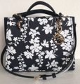 Michael Kors Medium Chain Md Ns Tote navy blue floral Messenger Bag Image 9