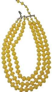 Vintage Vintage yellow beadEd multi strand necklace