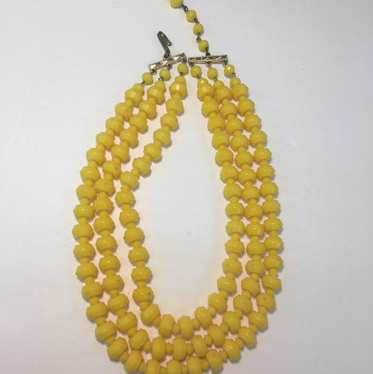 Vintage Vintage yellow beadEd multi strand necklace Image 1
