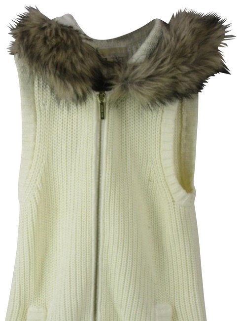 Preload https://img-static.tradesy.com/item/24623818/michael-kors-collection-cream-vest-zipper-on-the-front-an-pockets-on-the-dides-sweatshirthoodie-size-0-5-650-650.jpg