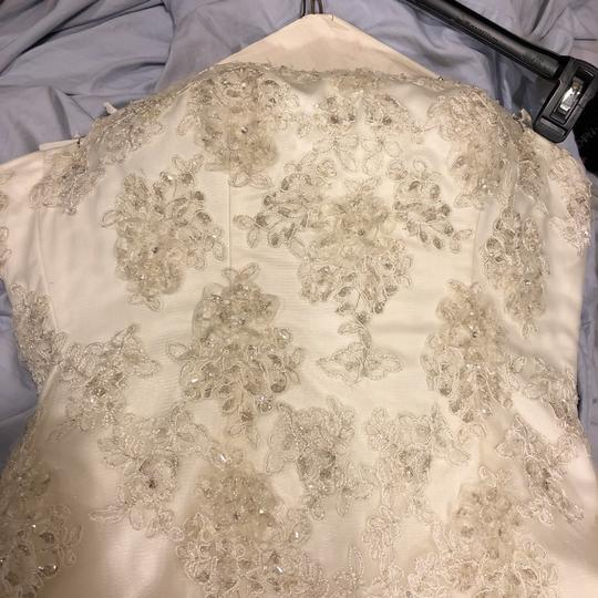 Ivory Worn Once. Formal Wedding Dress Size 8 (M)