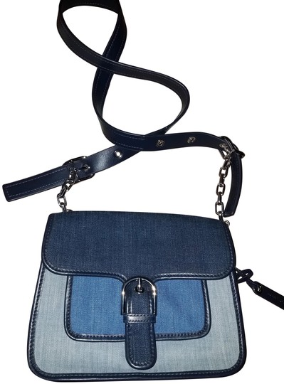 Preload https://img-static.tradesy.com/item/24624275/michael-kors-indigo-washed-cooper-medium-school-blue-and-gray-denim-leather-messenger-bag-0-1-540-540.jpg